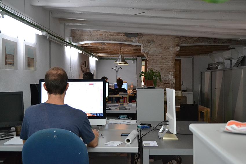 Coworking Ca l'Agustí / DGM